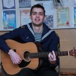 Игра на гитаре – мое хобби!