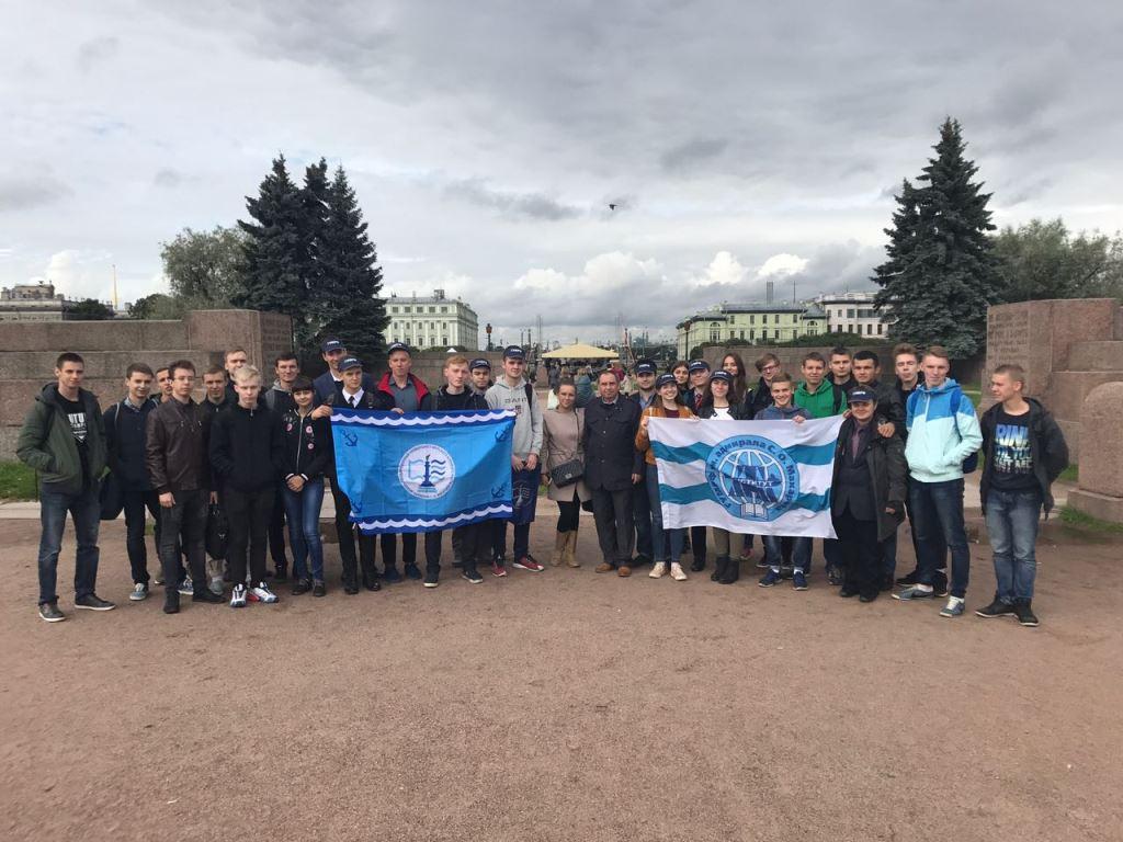 8 сентября на всех площадках ГУМРФ имени адмирала С.О. Макарова прошли мероприятия, посвященные Дню памяти жертв блокады Ленинграда